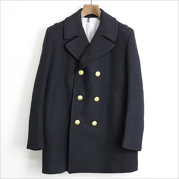 本日BAND OF OUTSIDERS 金ボタンウールPコートをお買い取りさせて頂きました!!