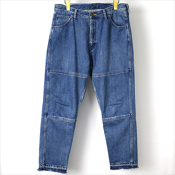 ESSAY Tapered Denim Pants