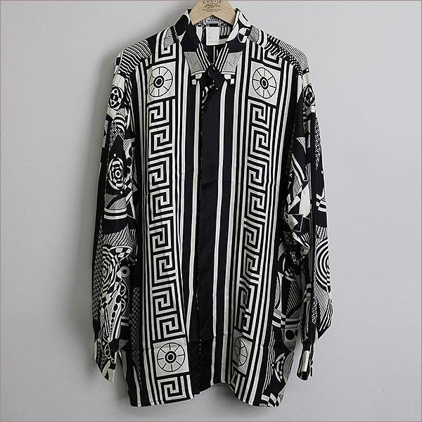 本日GIANNI VERSACE グレカジオメトリック柄ロングスリーブシルクシャツをお買い取りさせて頂きました!!