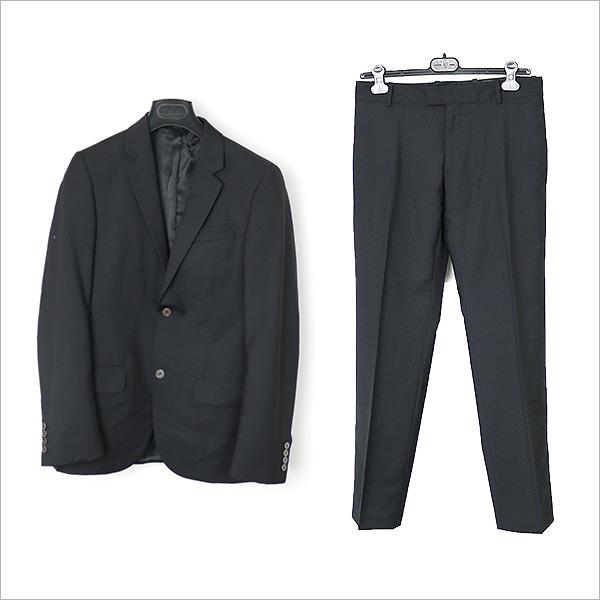 本日ALEXANDER McQUEEN ノッチドラペル2Bセットアップスーツをお買い取りさせて頂きました!!