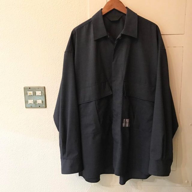 ESSAY 17SS 吾亦紅別注 OVERSIZED OPEN COLLAR SHIRT