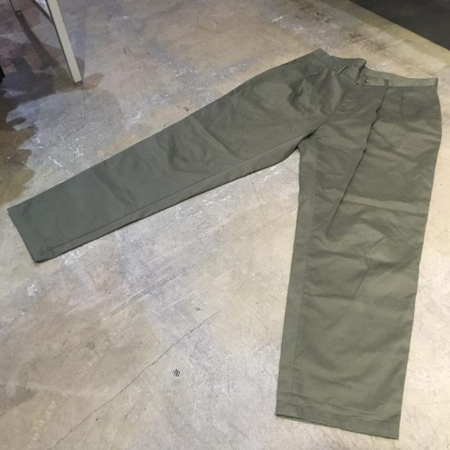 E.Tautz 18SS CORE PLEATED CHINO