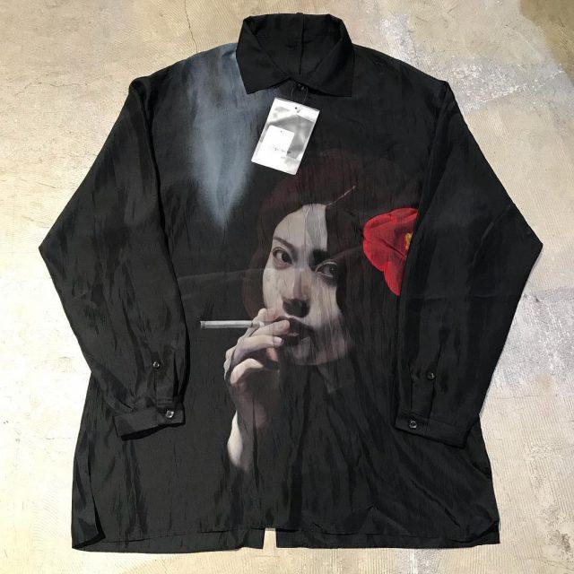 Yohji Yamamoto POUR HOMME 18SS 内田すずめ『椿とタバコ』後ろ全開きシルクシャツ