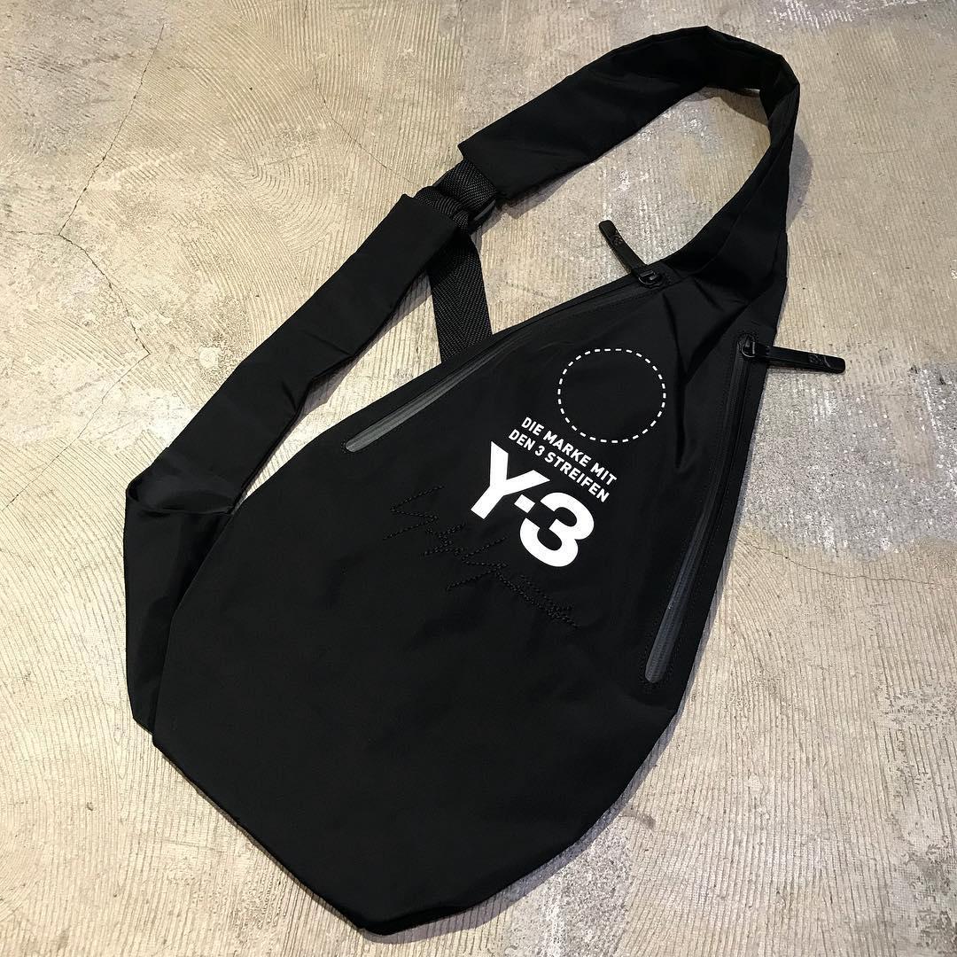 Y-3 18AW YOHJI MESSENGER BAG