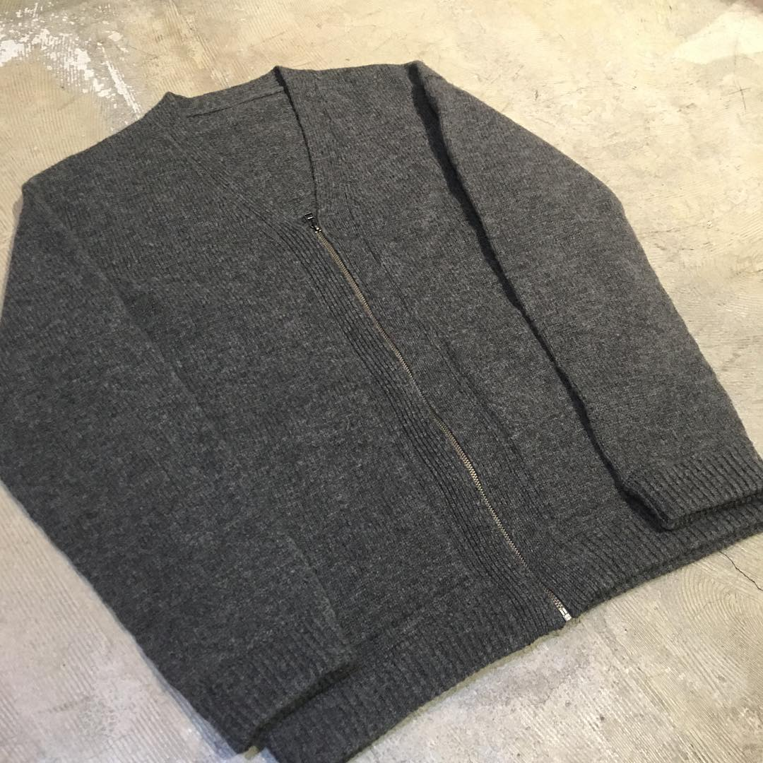 crepuscule 17AW WHOLE GARMENT V/N ZIP CARDIGAN