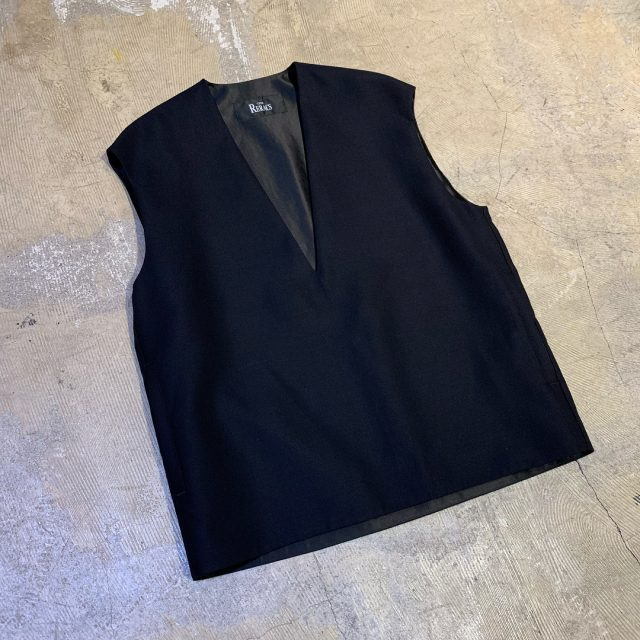 THE RERACS 18SS DEEP V-NECK MINIMAL VEST