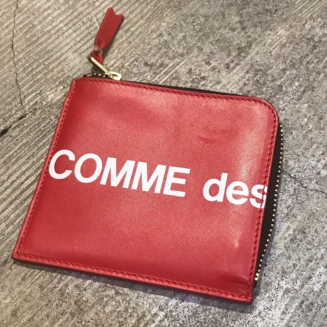 COMME des GARCONS Wallet Huge Logo SA3100HL