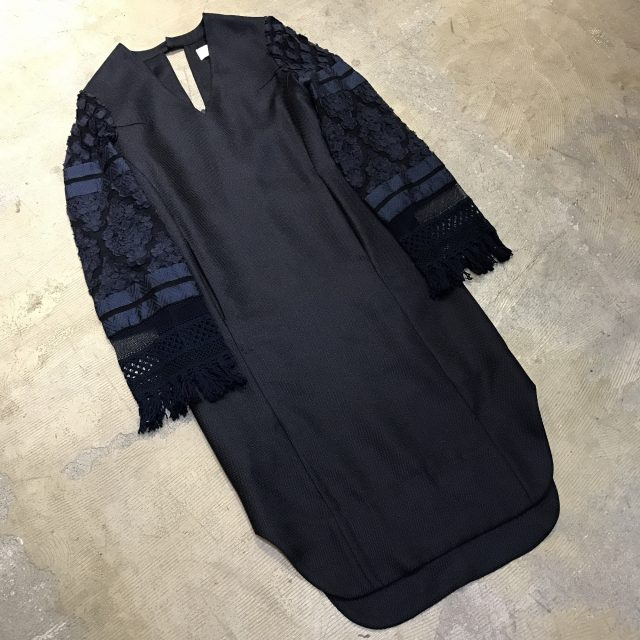 Mame Kurogouchi 16SS Cut Jacquard Sleeve I-Line Dress