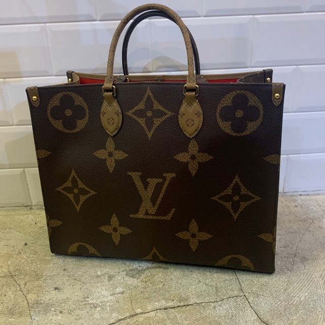 LOUIS VUITTON ON THE GO GM