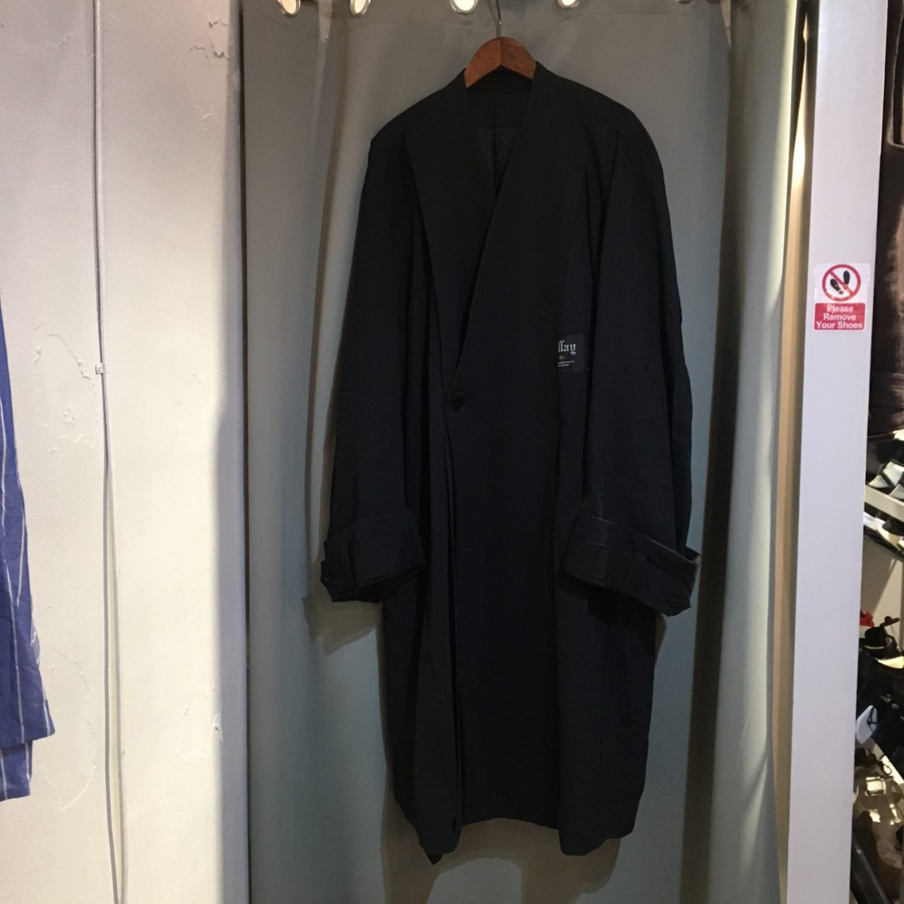 16AW ESSAY Oversized Collarless Coat